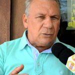 """Prefeito de Cajazeiras responde polêmica do asfaltamento e alfineta Ricardo: """"Dá de 10 a zero em Sousa"""""""